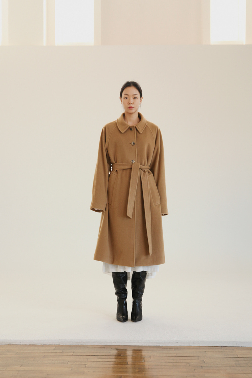 single raglan long camel coat with back pleats